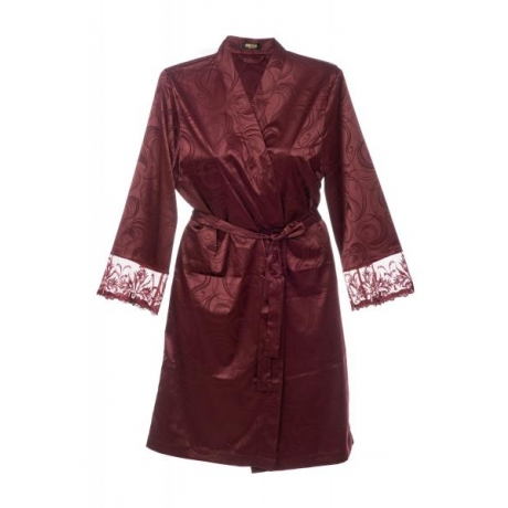 Donna robe wine red