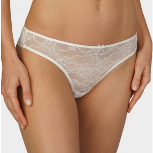 Fabulous lace string brief ivory